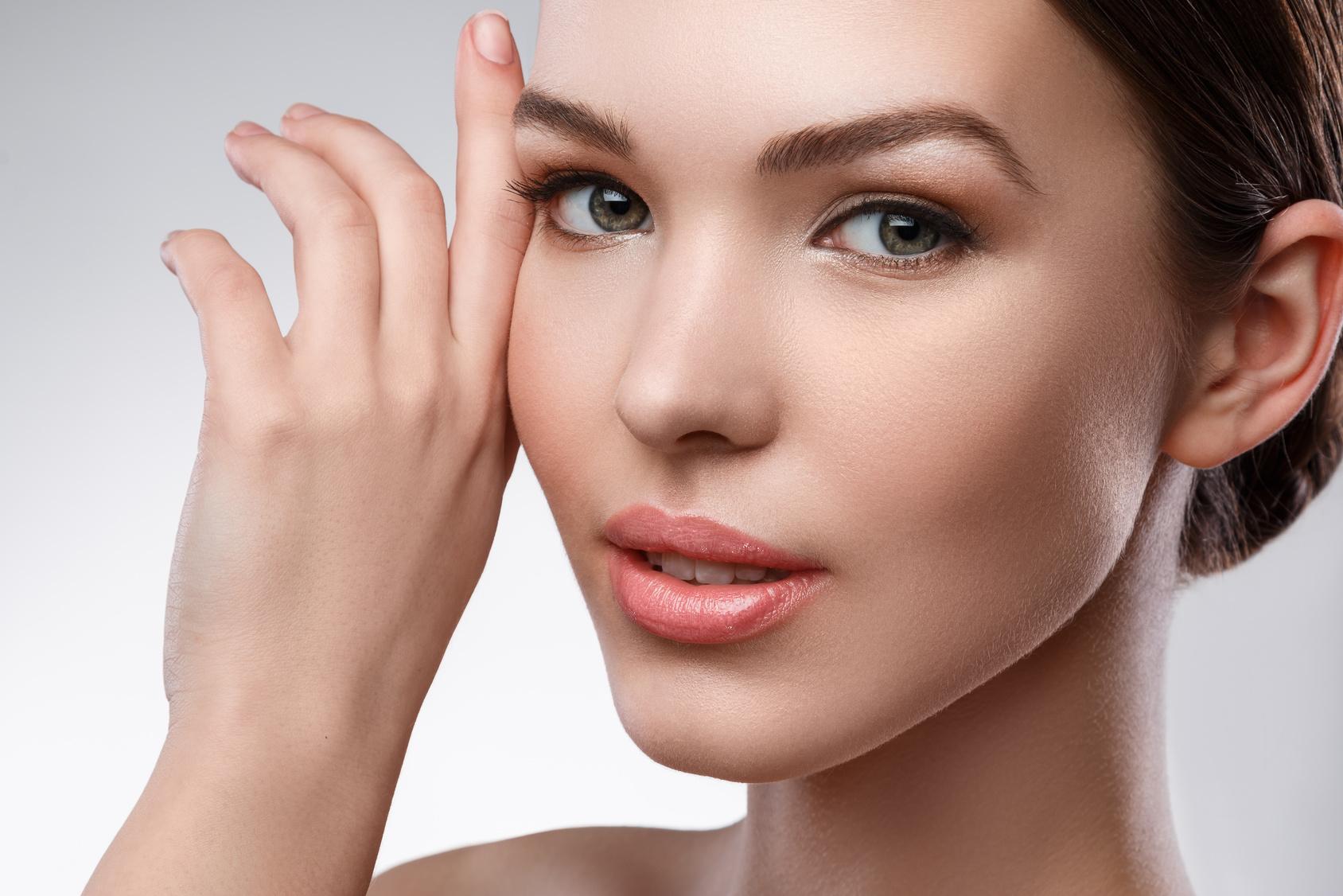 Cómo eliminar manchas de la piel